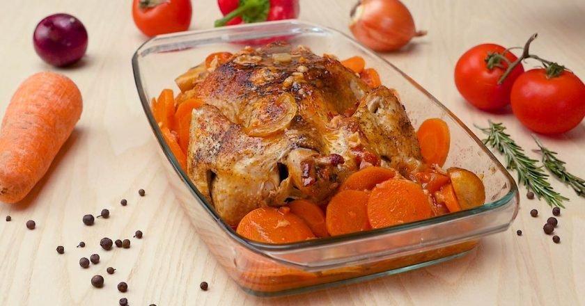 Курка, запечена у вині - готуємо з покроковими фото