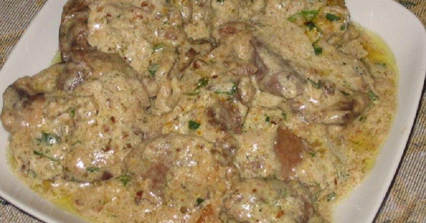 Куриная печень в соусе
