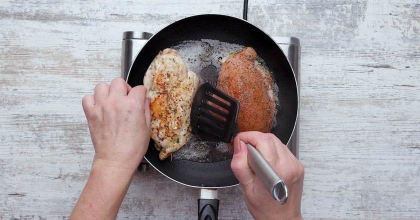 Куриное филе с кабачком