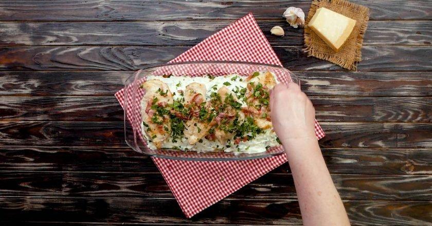 Лазанья з куркою і ніжним вершковим соусом в духовці подивитися рецепт