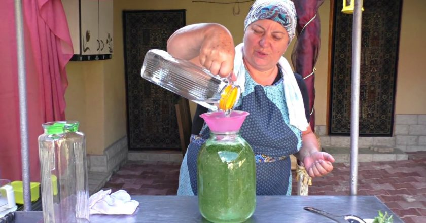 Літній освіжаючий напій з тархуном подивитися рецепт