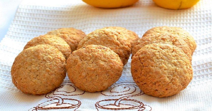 Лимонное печенье с овсянкой