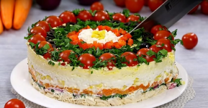 Многослойный салат «Гость за столом»