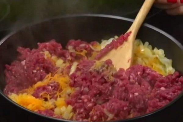 монастырская изба с мясом