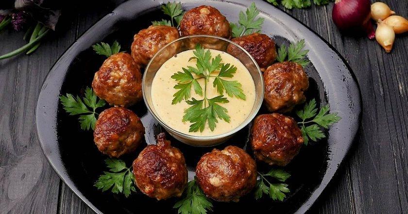 Мясные шарики с орехами
