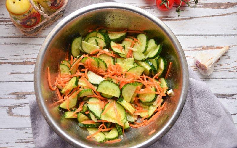 огуречный салат на зиму