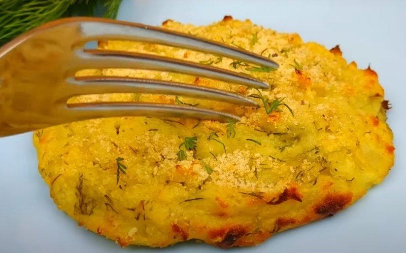 Оладки з картопляного пюре в духовці