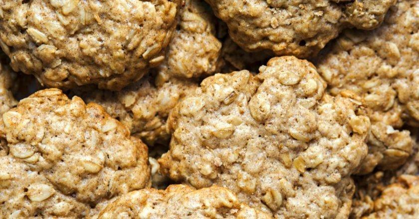Вівсяне печиво з чорносливом і льоном подивитися рецепт