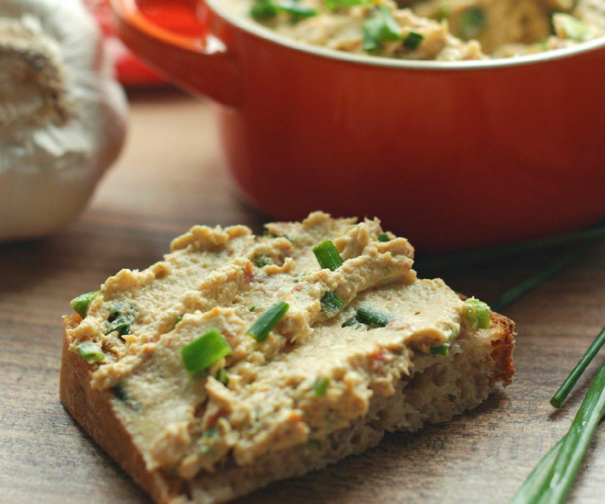 хлеб с паштетом