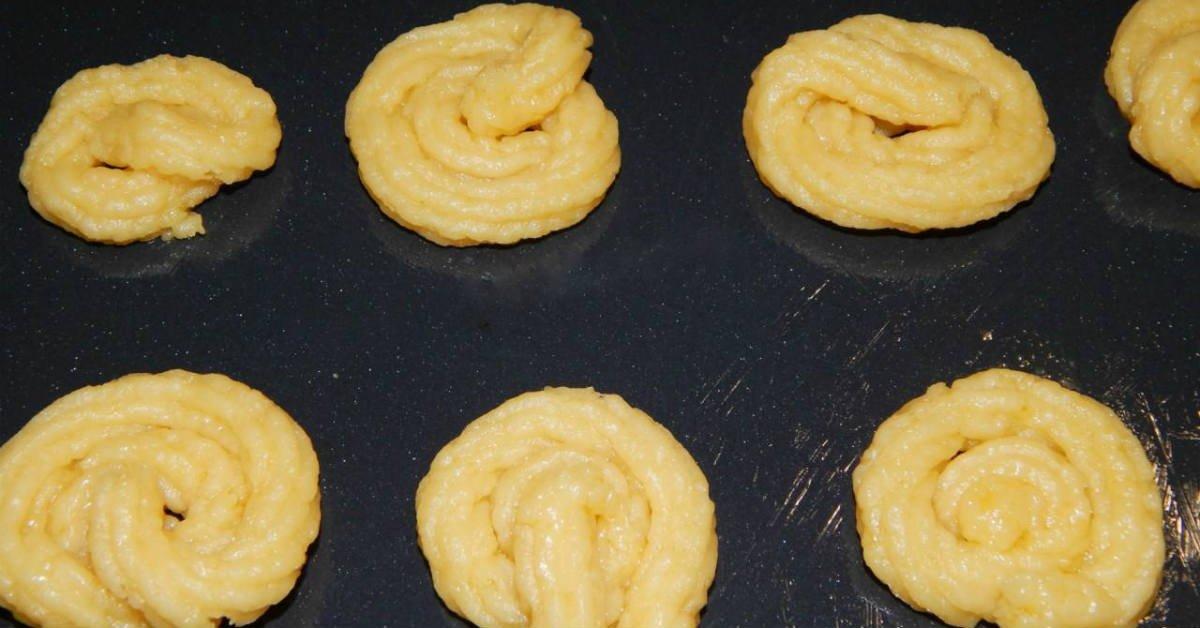 Пісочне печиво з малиною