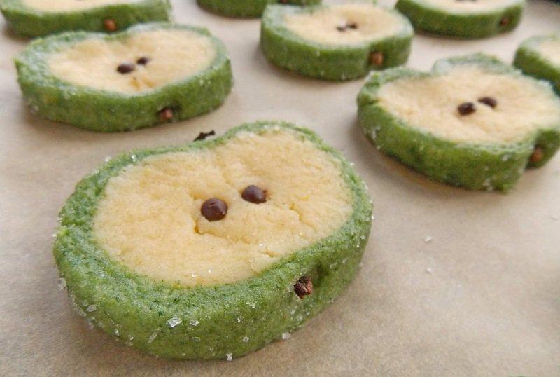 как испечь печень зеленое яблоко