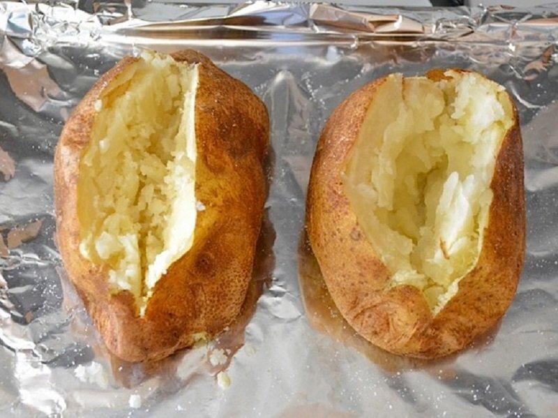 печь картофель