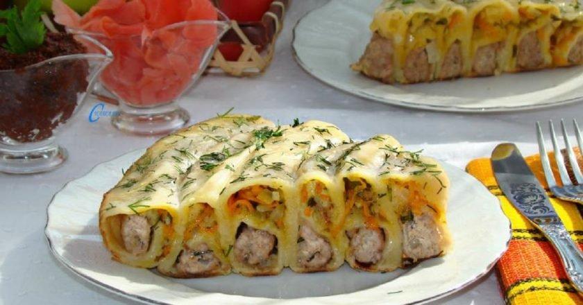 Пельменний пиріг з начинкою на сковороді подивитися рецепт