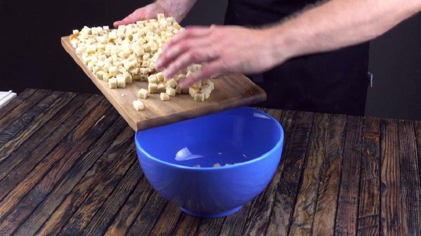как нарезать хлеб