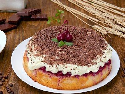Пирог с вишнями «Наслаждение»