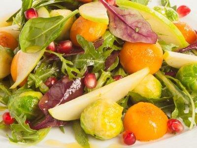 Праздничный салат с гранатом