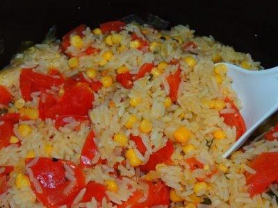 Рис с помидорами