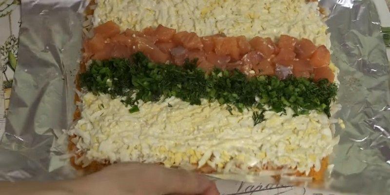 рулет с лососем