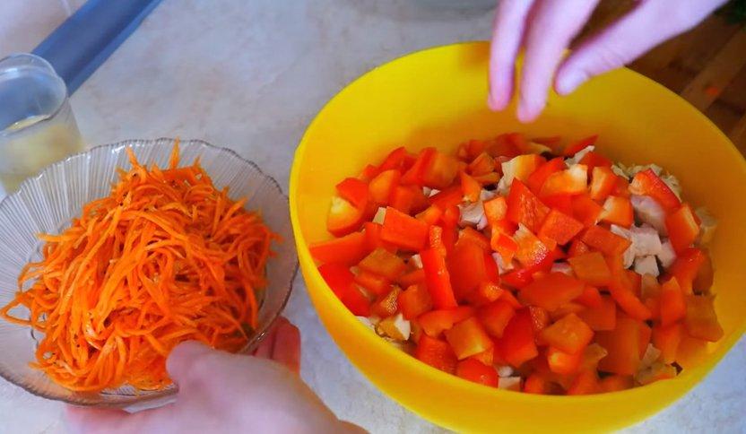 овощной салат с куриным филе