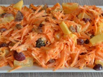 Салат с ананасом и морковью