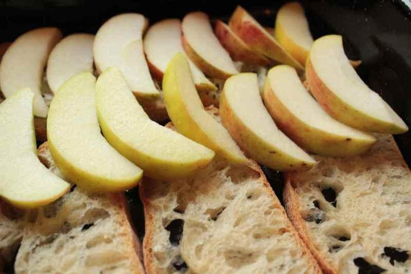 шарлотка из хлеба
