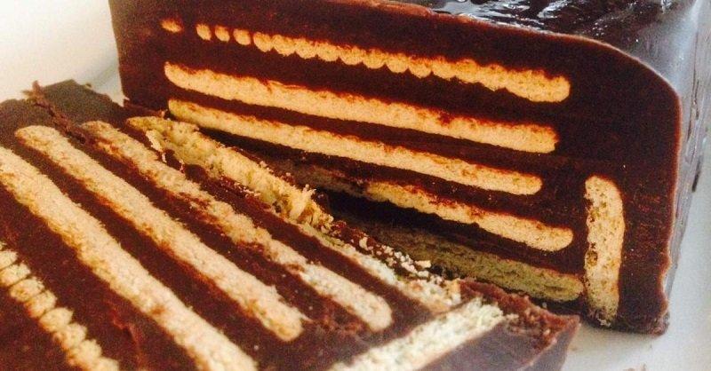 простой шоколадный торт из печенья