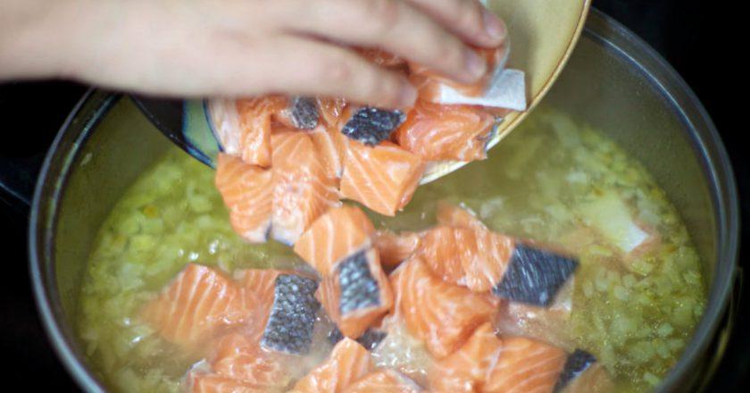 Суп з лосося за фінським рецептом подивитися рецепт