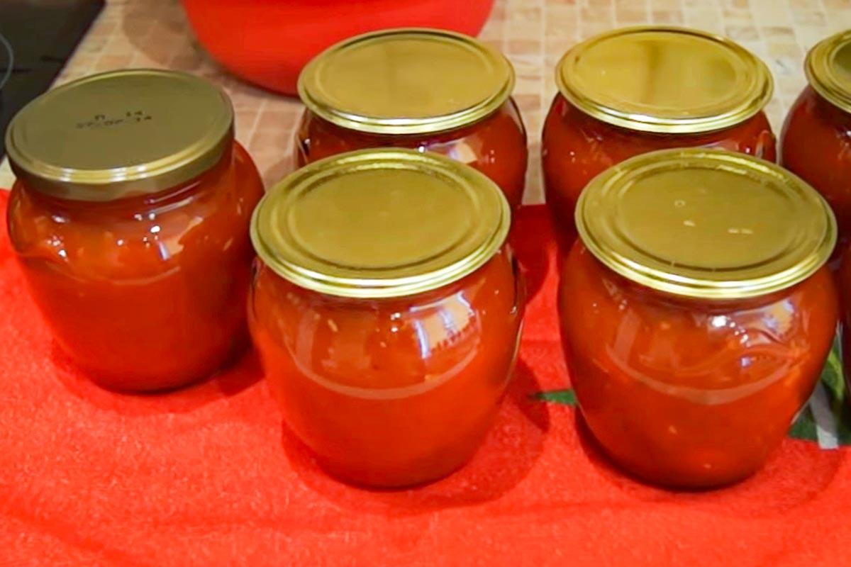 Італійський томатний соус на зиму