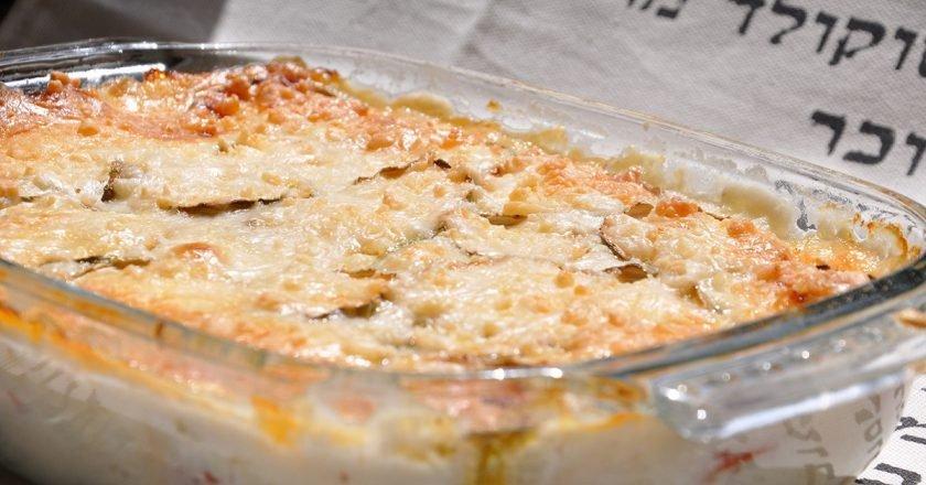 Запеканка из кабачков с соусом бешамель