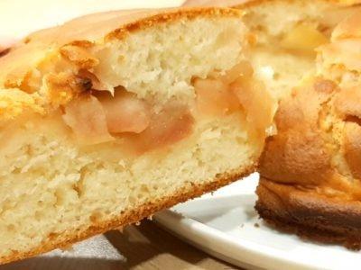 Заливной яблочный пирог на молоке