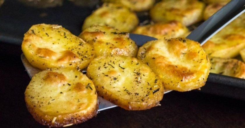 Запечена картопля, тане в роті подивитися рецепт