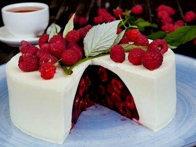 Желейный торт «Малиновый сюрприз»